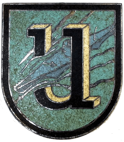 Enamel cap badge of the 1st U-flotilla emblem, worn by crewmen.