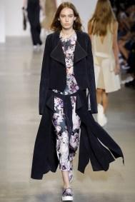 Calvin Klein Ready-To-Wear Spring/Summer 2016 (Photo courtesy: Vogue.co.uk).