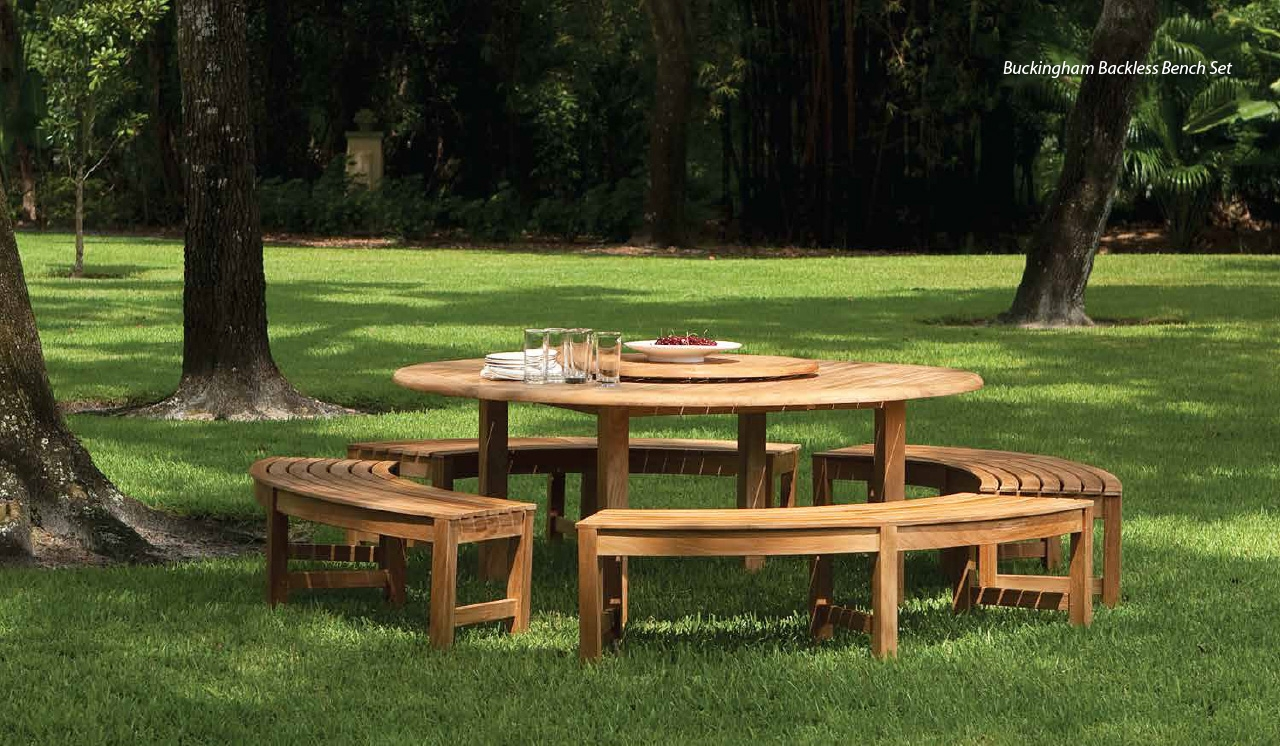 29+ Garden Furniture On Grass Pics