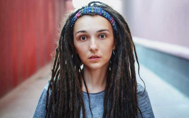 How To Twist Dreads Yourself? The Simplest Ways To Follow
