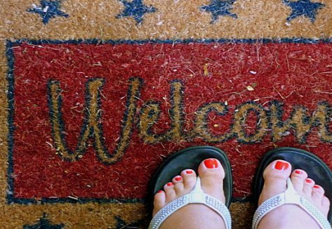 welcome mat-feet