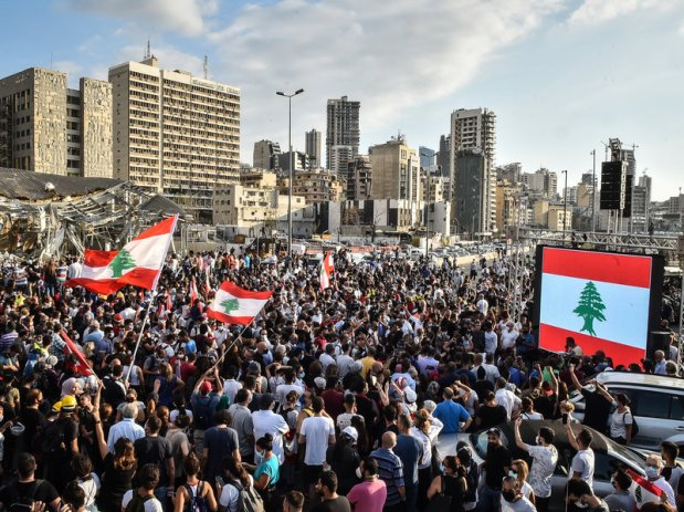 Lebanese Government Steps Down After Blast Reignites Protests