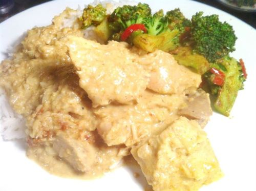 Turkey and Nuts Curry with Spicy Broccoli, Lay The Table