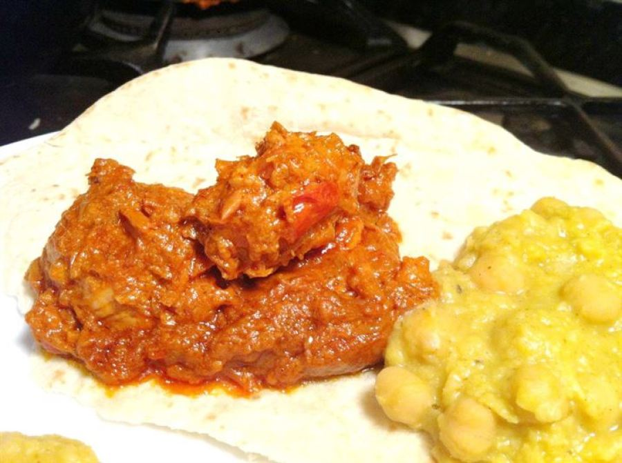Chicken Makhanwhalla with Chickpea Dhal, Lay The Table