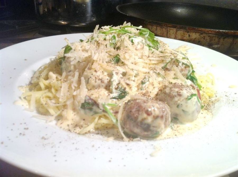Classics with a Twist: Theo Randalls Spaghetti and Meatballs, Lay The Table