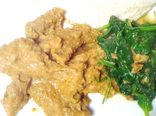 Coconut Beef Curry with Green Chillies and Spinach Bhajee, Lay The Table