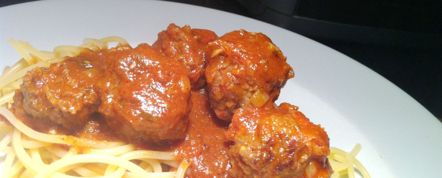 Chorizo and Beef Meatballs with Tomato Sauce, Lay The Table