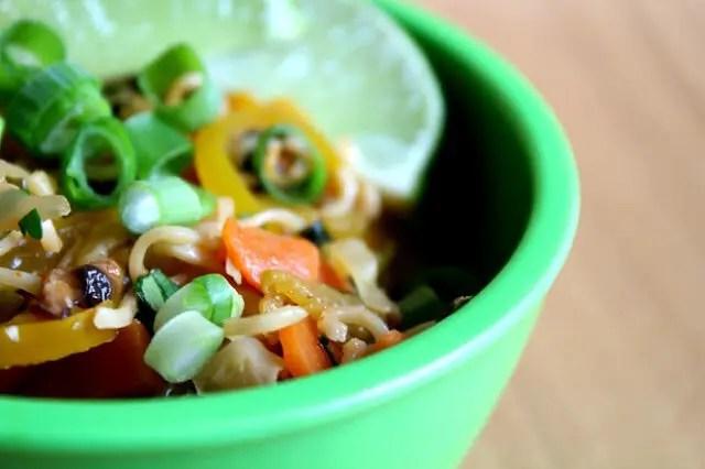 Sriracha Vegetable and Ramen Stir Fry, Lay The Table