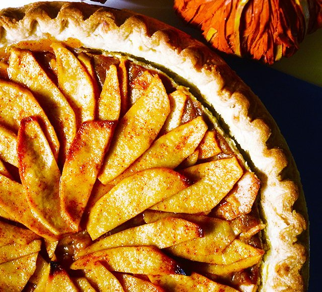 Open-Faced Vegan Pumpkin Apple Pie, Lay The Table
