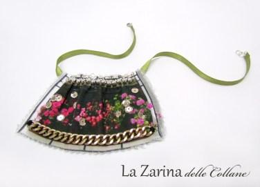 collana davanzale fiorito