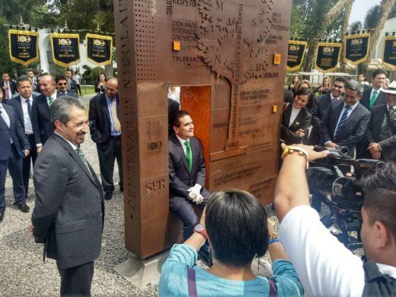 """""""La plaza nicolaita del arte y la cultura"""" homenaje a la cultura."""