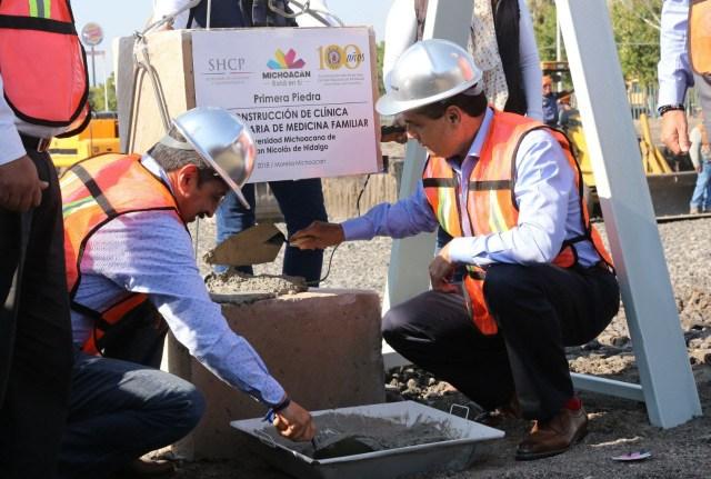Un orgullo colocar primera piedra de la clínica de la UMSNH: Anaya Orozco.