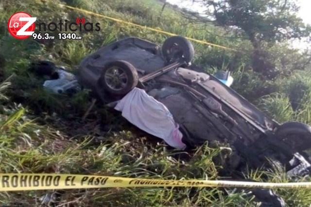 Tras festejar sus XV años, Perlita murió con su familia en accidente carretero