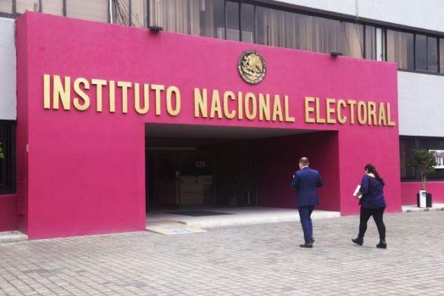 """INE enturbió elección en Michoacán y el país con decisión contra candidatos de Morena"""""""
