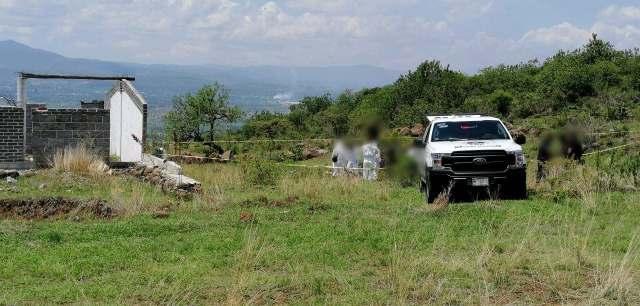 Localizan 2 cadáveres en fosa clandestina cerca del Rancho Las Flores