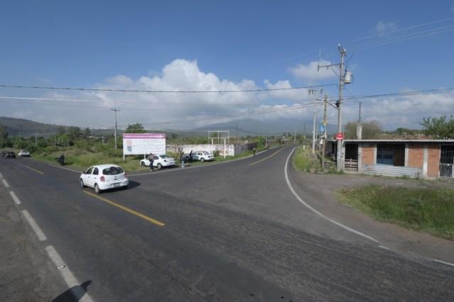Atiende Raúl Morón petición ciudadana con rehabilitación de Avenida Cointzio y  camino a San Nicolás Obispo