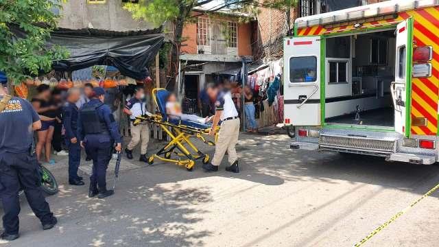 Una mujer muerta y su nieta herida, saldo de ataque armado en Zamora