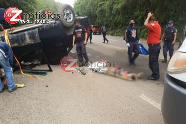 Muere hombre en volcadura, en Zitácuaro