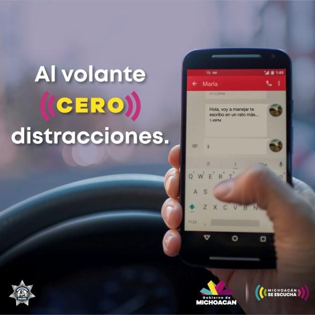 Multa de mil 26 pesos por usar el celular al conducir: SSP