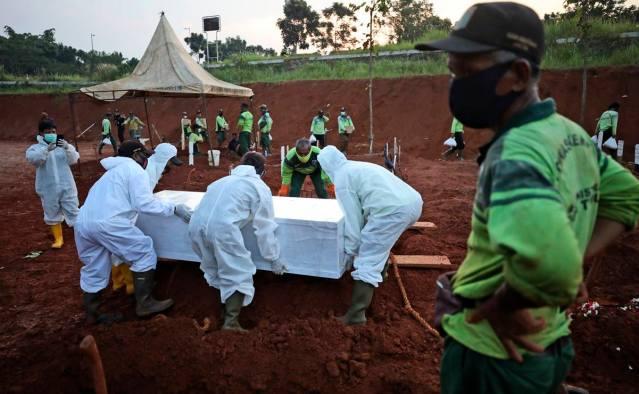 Pandemia de coronavirus rebasa un millón de muertos en el mundo