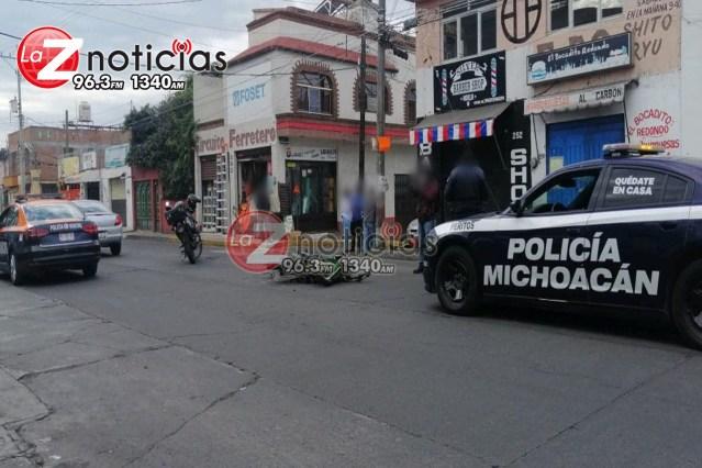 Choque entre auto y moto deja un herido en la colonia Adolfo López Mateos