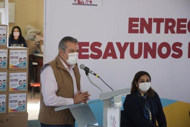Pone en marcha Raúl Morón entrega de 200 mil desayunos escolares