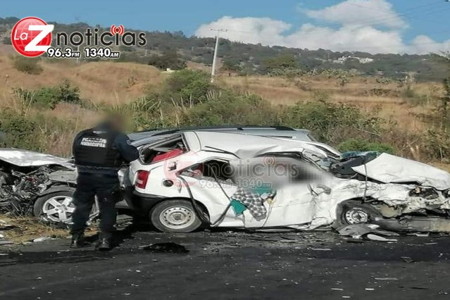 Muere una persona tras choque entre 2 vehículos en Ciudad Hidalgo