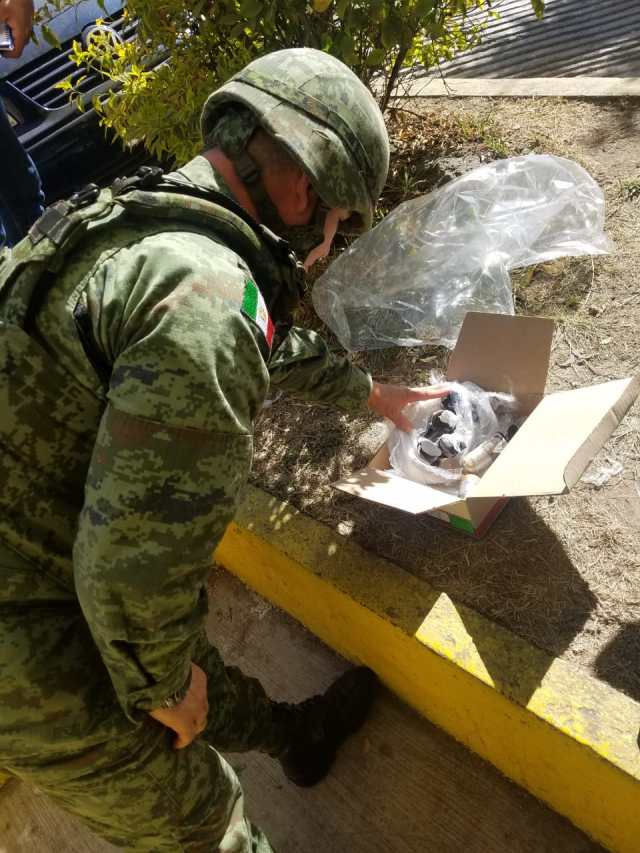 Nueve granadas son aseguradas por el Ejército en empresa de paquetería de Morelia