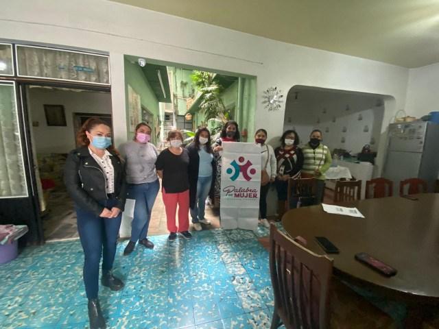 Reciben mujeres de 9 municipios créditos por 630 mil pesos de Palabra de Mujer