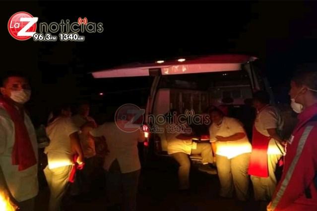 """Se accidenta autobús del Cefereso de """"Los Tazumbos"""", hay 20 lastimados"""