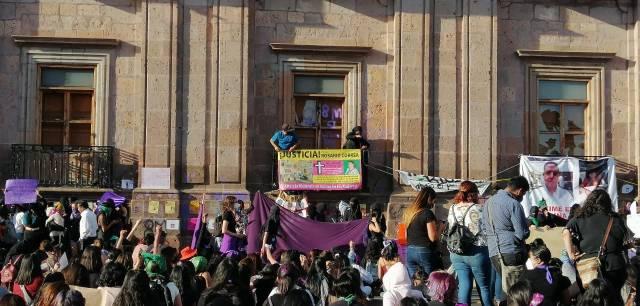 Día Internacional de la Mujer; marchan colectivas feministas en Morelia