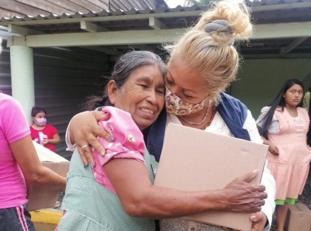 "Garantiza gobierno estatal asistencia alimentaria a familias afectadas por ""Enrique"""