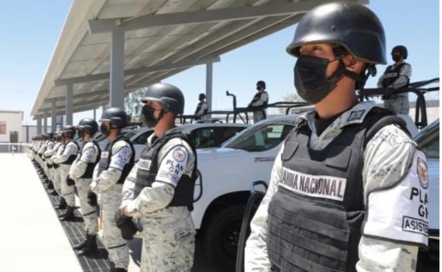 """AMLO anuncia vigilancia de la guardia nacional a reparto de cilindros de """"gas de bienestar"""""""