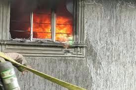 Arde domicilio en la colonia Lago 2 , Morelia