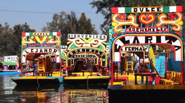 Estudiante del IPN busca regenerar agua de Xochimilco con dispositivo en trajineras
