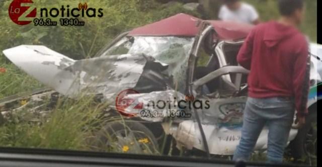 Un muerto y tres heridos, deja un aparatoso choque en la Uruapan – Pátzcuaro