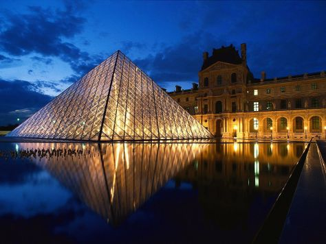 paris pyramide-louvre