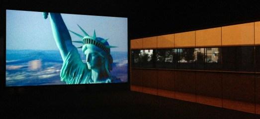 """Exposition Steve McQueen au Schaulager à Bâle. Dimanche 11 août 2013. """"Static"""", 2009   Photo alain walther. DR ayants droits de l'oeuvre"""