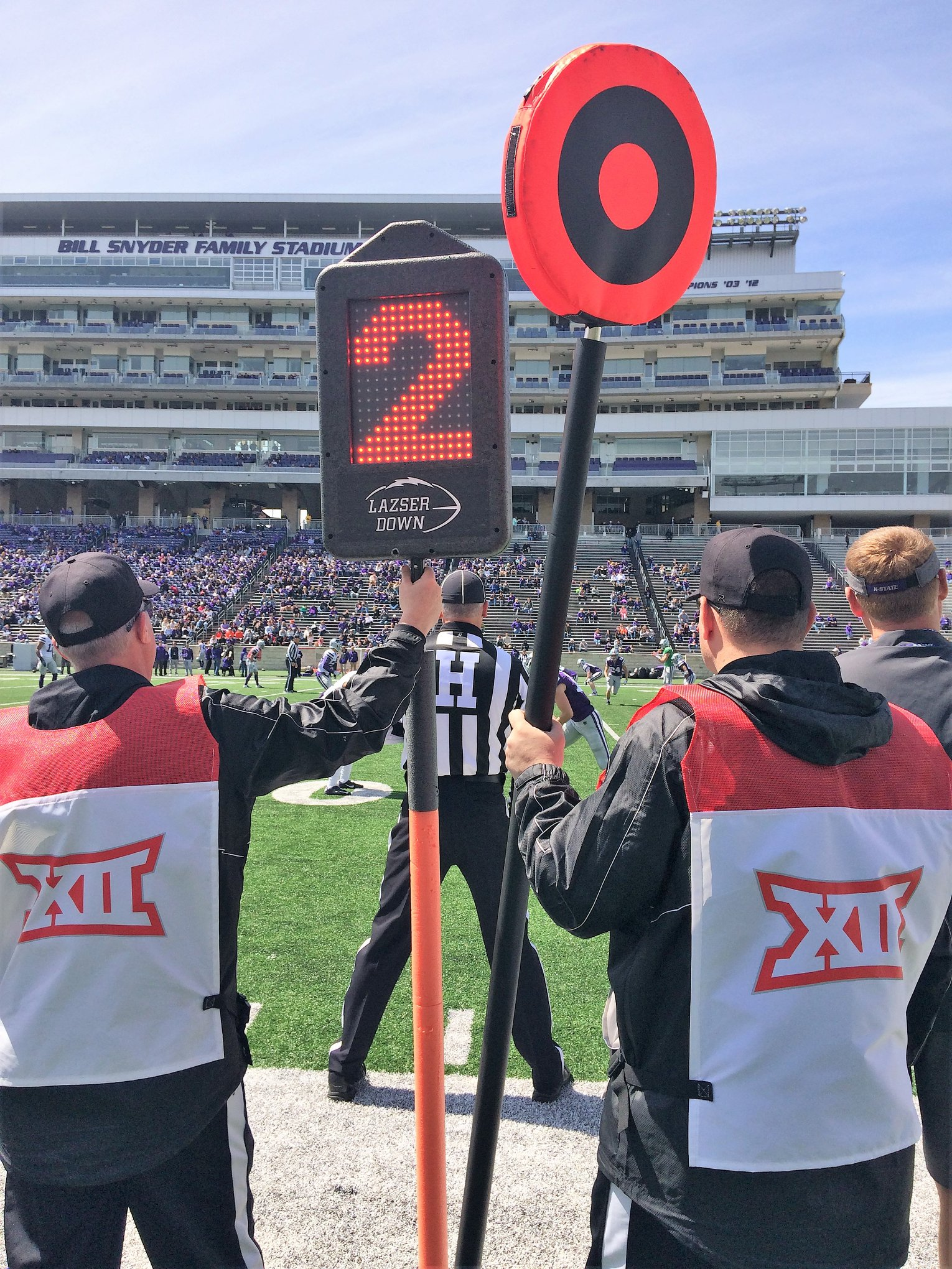 Lazser Down, sidelines, distance marker, down maker, laser down, football, kansas state, kansas state university, kansas state football, kansas state univeristy football, ksu, ksu football, wildcat, wildcats, wildcat football, wildcats football, emaw