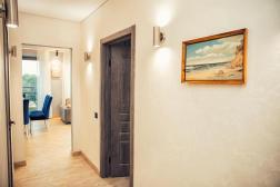 Lazurniy Bereg Holiday Villas And Vacation Rentals Hallway