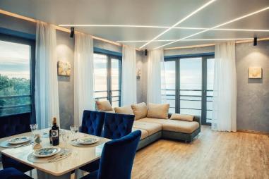 Lazurniy Bereg Holiday Villas And Vacation Rentals Living Room