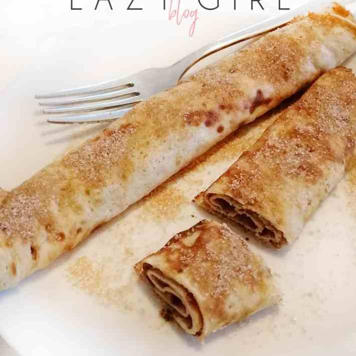These delicious low carb keto cinnamon crepes have 2 carbs and are fine for an egg fast. Perfectly sweet and satisfying. Sweet crepes that are ideal for an egg fast or any low carb breakfast... #eggfastcrepes #eggfastbreakfast #eggfastdessert #keto #lowcarb