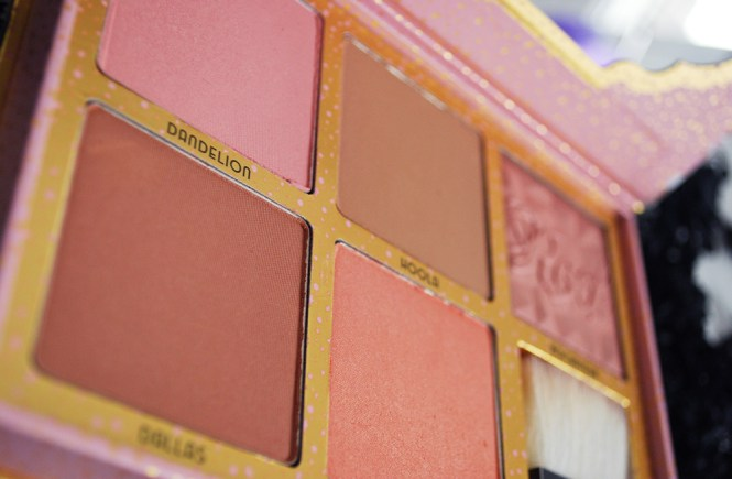 cheekathon-colores-benefit