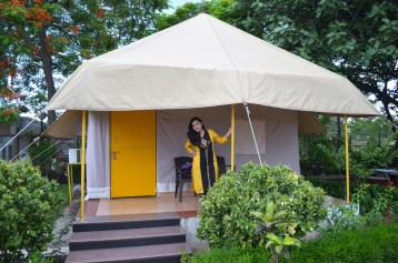 luxury tents at MP tourism guest house