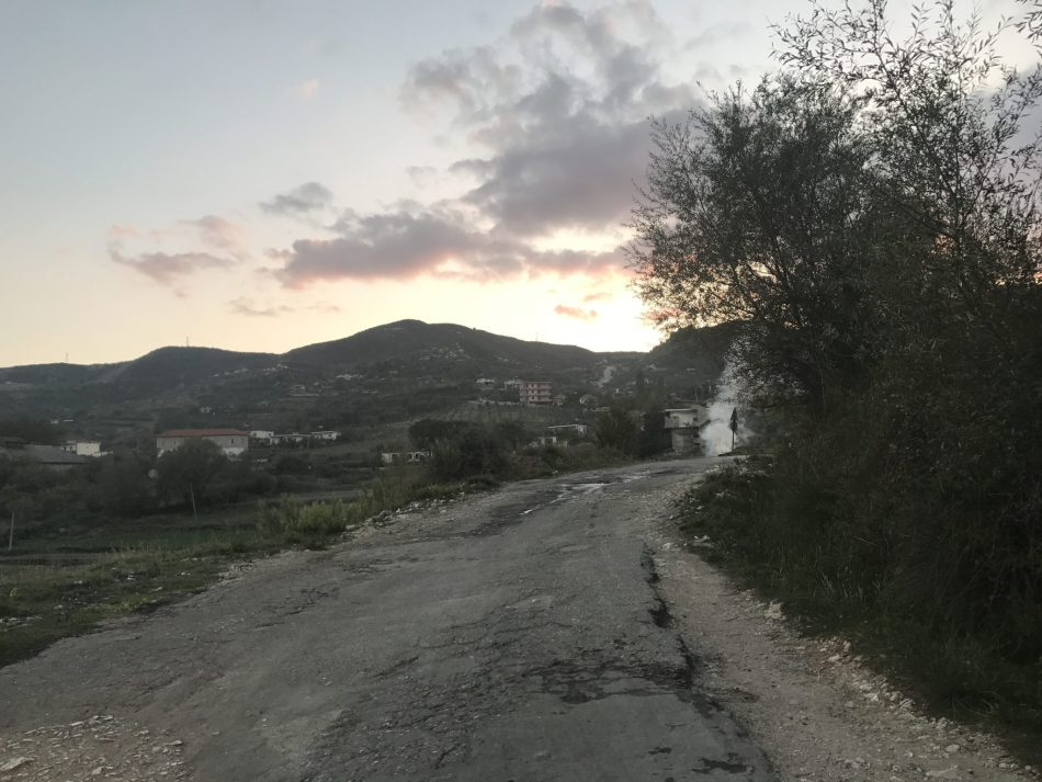 Albania, drogi w Albanii