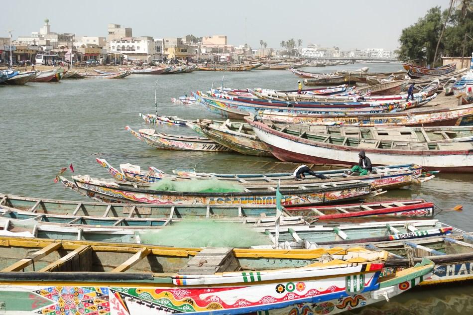 Rzeka Senegal w Saint Louis - port w Saint Louis