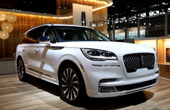 Lincoln Aviator is on display | Raymond Boyd/Getty Images