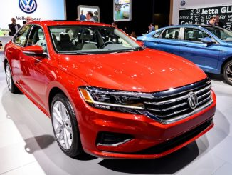 آخر سيارة باسات: ما الذي تتضمنه نسخة Volkswagen Passat المحدودة لعام 2022؟