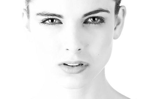 Появление морщин на лице можно затормозить