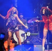 Solange Knowles Performing with her Big Sis Beyonce